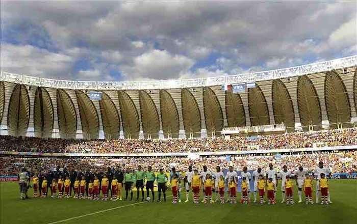 Los asientos vacíos son de aficionados: FIFA. EFE