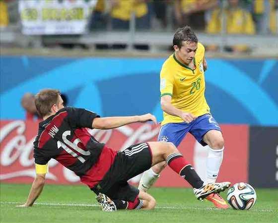 Las estadísticas mienten: Brasil tiró más a puerta y tuvo más posesión. EFE
