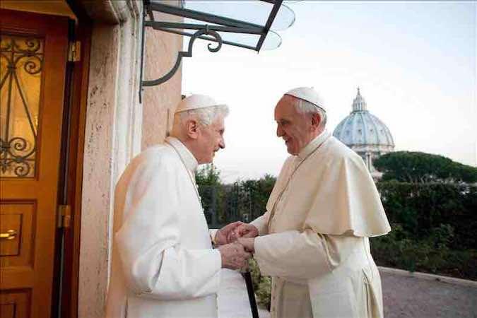 Alemania-Argentina: final de los dos papas se asegura neutralidad celestial. EFE