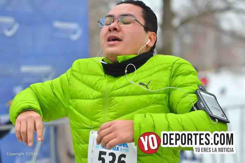 Salvador Gonzalez viajó desde la Ciudad de México para correr 5K en Chicago