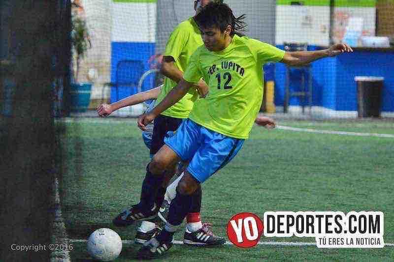 Deportivo Lupita líderes en Chicago Futsal Academy High School League