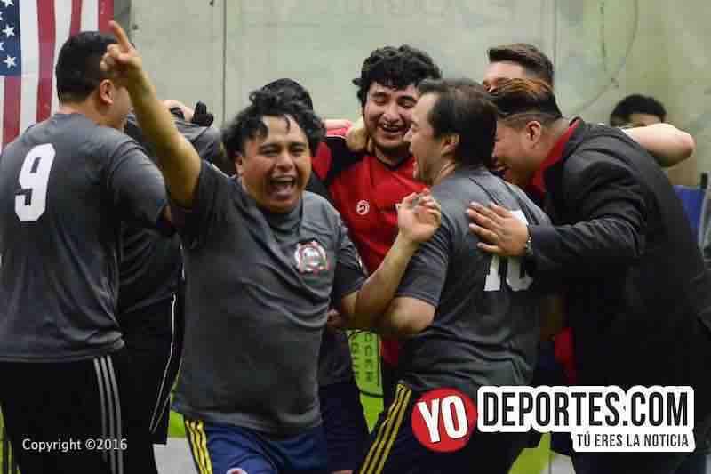Freseros sufren para ser campeones en 5 de Mayo Soccer League