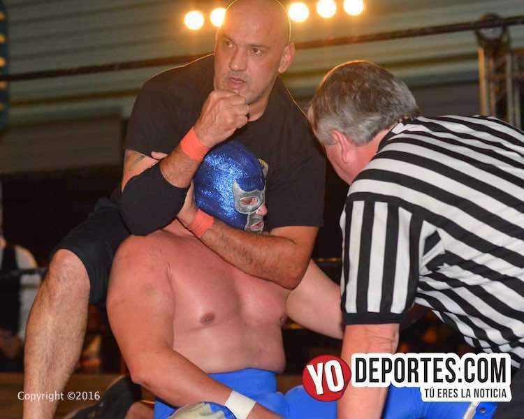 Blue Demon Jr. masacrado por boricuas Miguel Pérez Jr y Savio Vega