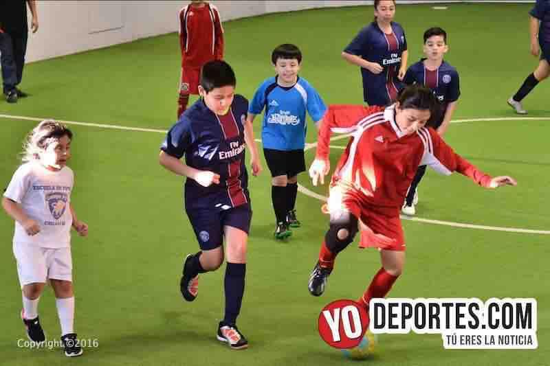 El domingo es para los niños en Chitown Futbol