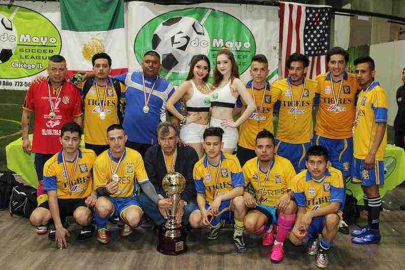 Barza HH campeón de Primera División en 5 de Mayo Soccer League.