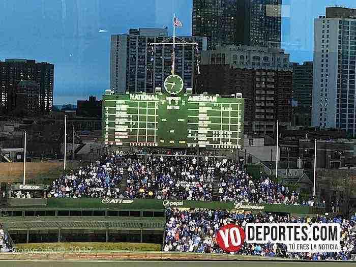 Chicago Cubs-LA Dodgers-Opening Night-bleachers