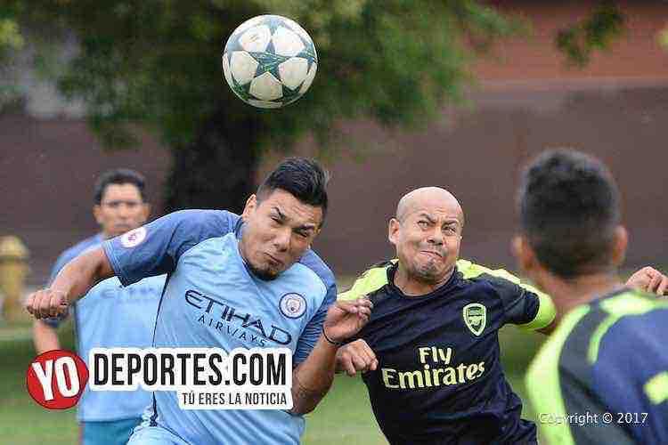 Manchester City despide al Puebla con goleada en la Liga Douglas
