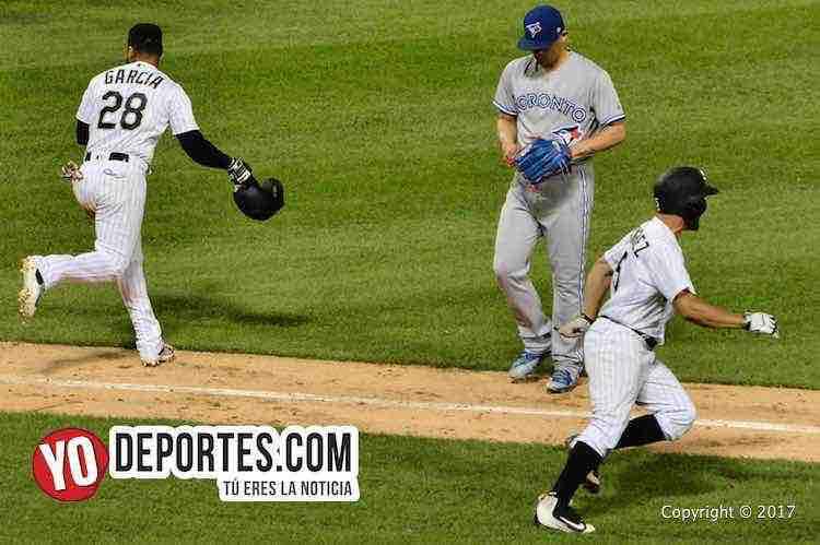 Marco Estrada lanza gran juego y Roberto Osuna lo pierde