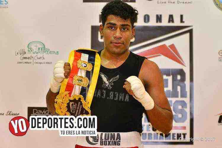 Erick Martinez debuta como campeón de CYBC Power Gloves
