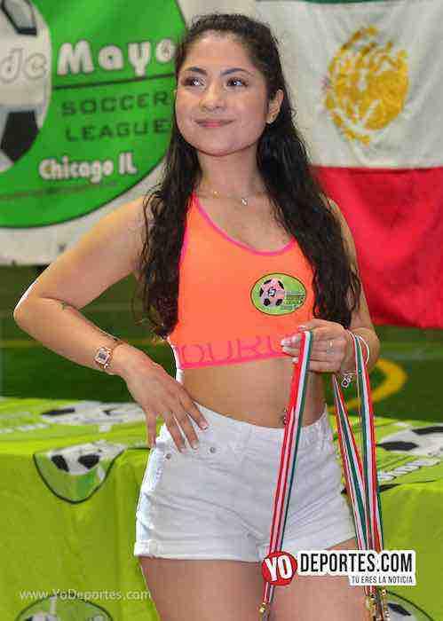 Alexis Martinez modelo edecan-Liga 5 de Mayo Chicago futbol