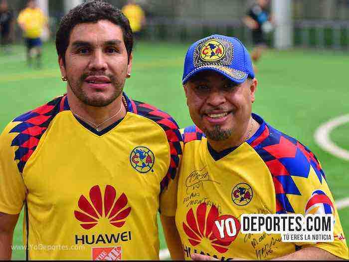 Salvador Cabanas-Ludovico y su Banda-Superman-Liga San Francisco Soccer