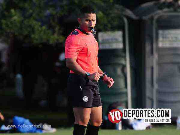 Arbitro John M0ntoya-Deportivo 55-Coalcoman-Liga Latinoamericana