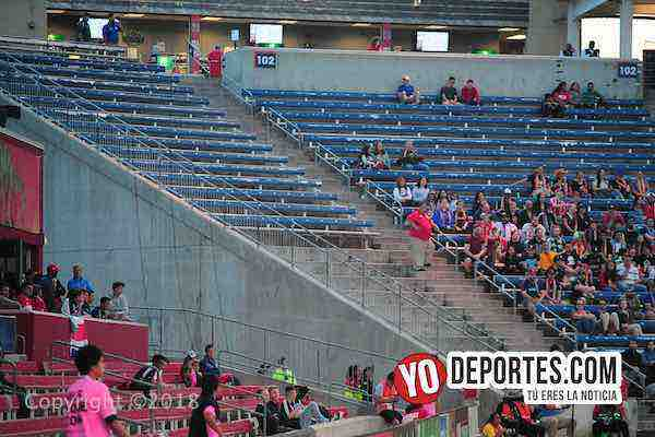 Seccion 101 Sector Latino-Chicago Fire-New England Revolution