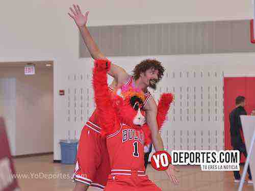 Benny the Bull Robin Lopez-Chicago Bulls Media Day