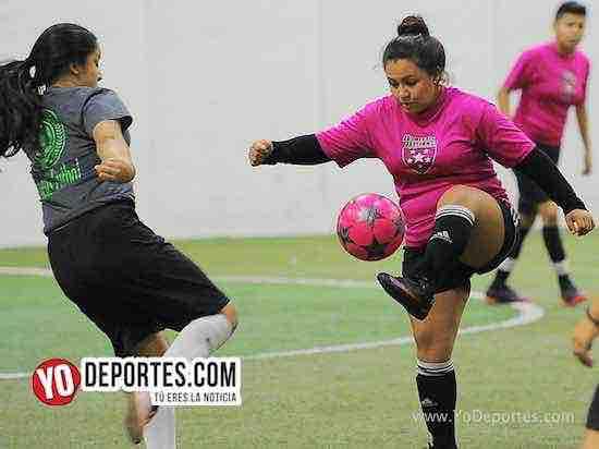 Flash-Muchos Nachos-AKD Soccer League-semifinal Chicago