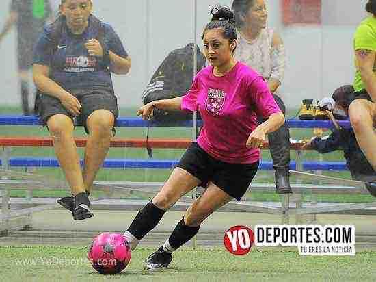 Flash-Muchos Nachos-AKD Soccer League-semifinal femenil