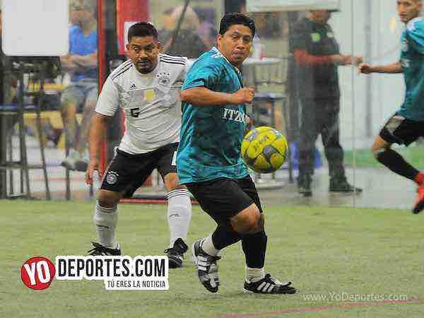 Itzocan rescata el empate con penal ante el Puebla en la 5 de Mayo