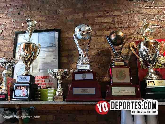 Dona Torta Chilanga-Trofeos Estrella Blanca Campeon Liga Douglas