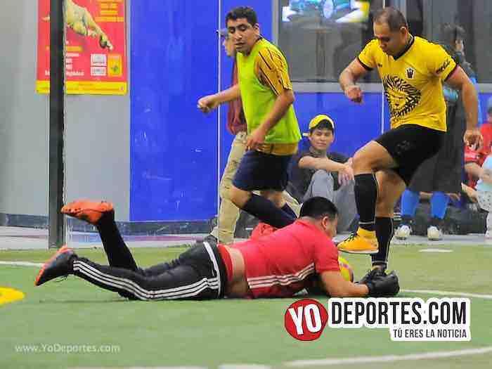 Leones Negros contra Pumas Liga 5 de Mayo Copa Independencia Indoor Futbol Soccer