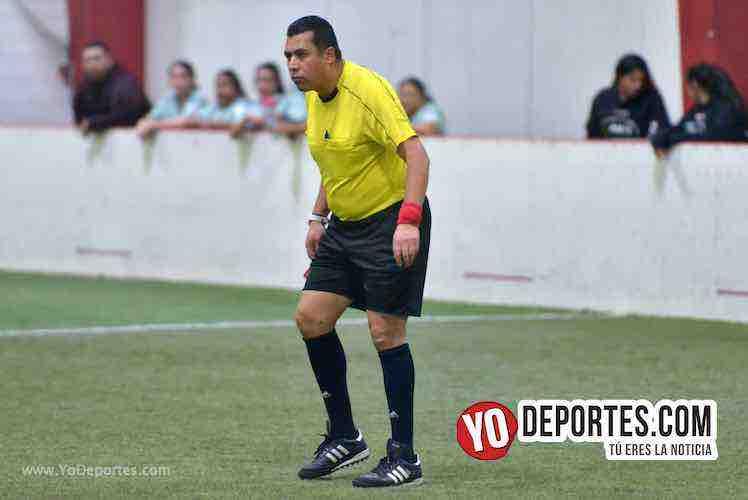 Arbitro Luis Aguilar-Angeles-Deportivo Amistad-AKD Soccer League