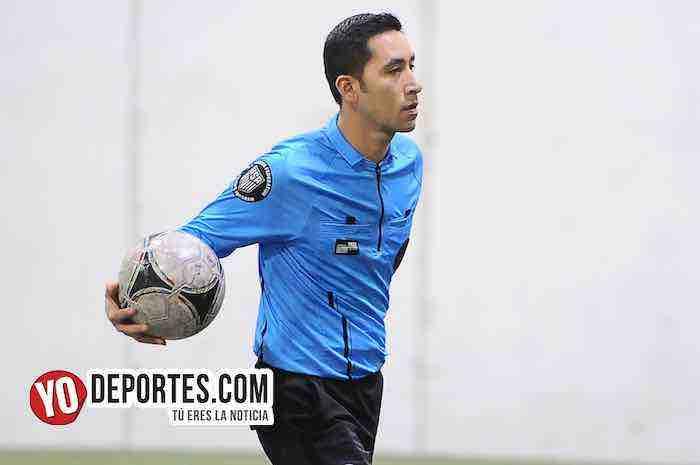 Arbitro Erick del Rosario-Real Colicos-Red Bulls-Liga 5 de Mayo