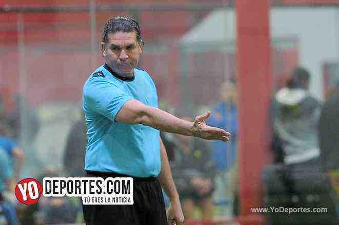 Arbitro Jorge Ruiz-Pirma Leon-Ibarra-Liga Latinoamericana-Veteranos