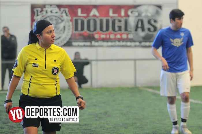 Arbitro Rosalba Luna-San Francisco-DC Vicrtoria-Liga Douglas Final A-Torneo Corto