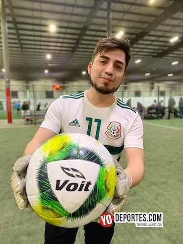 Pulzar el balón oficial de la Liga 5 de Mayo y la MX