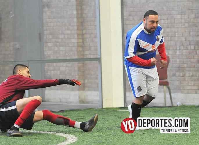 Jeremías Trujillo al rescate de su equipo en la Liga Douglas
