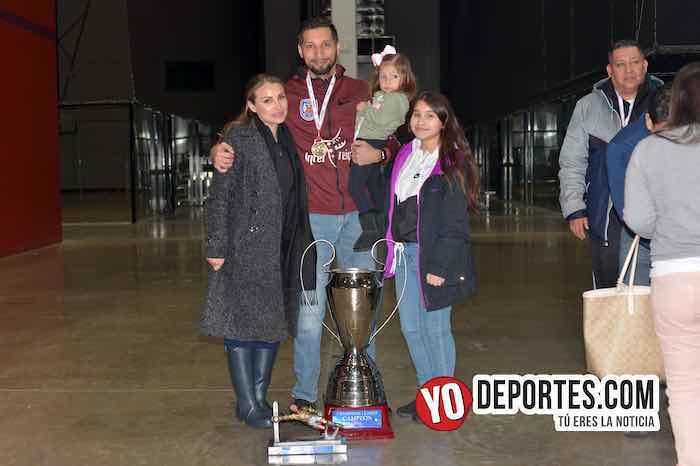 Rudy Gonzalez y familia-La Palma-Champions de los Martes-Liga San Francisco