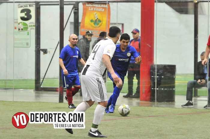Cariocas-Cuervos Negros-Liga 5 de Mayo Chicago Soccer Indoor