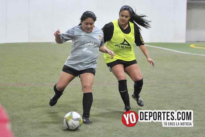 Fire-Tigres-Liga 5 de Mayo Femenil mujeres futbolistas Chicago