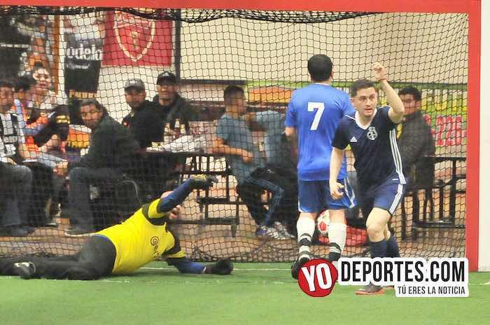 La Bamba le quita el invicto a Reynosa en el clásico de veteranos de Chitown Futbol