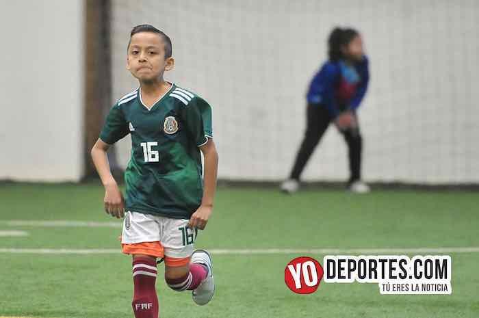 Oro-Aguilas-Liga Douglas Kids indoor 35 y California