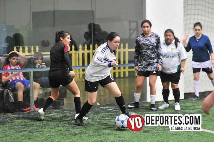 Las Queens chocaron con Las Yasminas en la Liga Douglas Femenil
