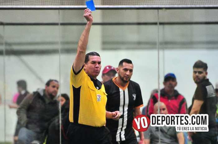 Arbitro Jorge Ruiz-Ibarra-Pirma Leon-Liga Latinoamericana-semifinal veteranos