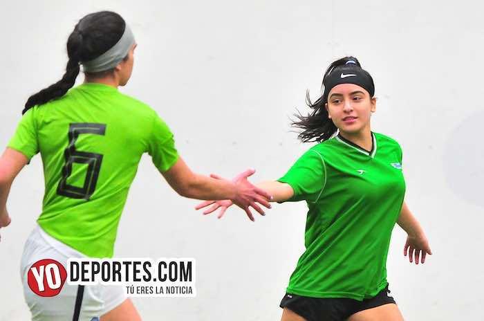 Las Yasminas víctimas del Fierro FC en la Douglas de mujeres