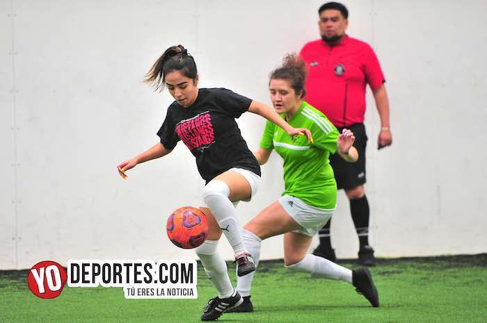 Pamela Valtierra-Fierro FC-Yasminas-Liga Douglas Femenil-martes