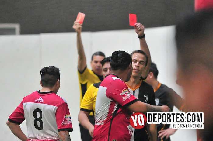 Llovieron tarjetas en la semifinal Ibarra-Pirma León de la Liga Latinoamericana