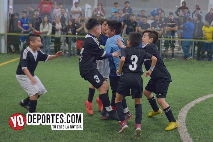 Los penales hacen campeón al Manchester en la Douglas