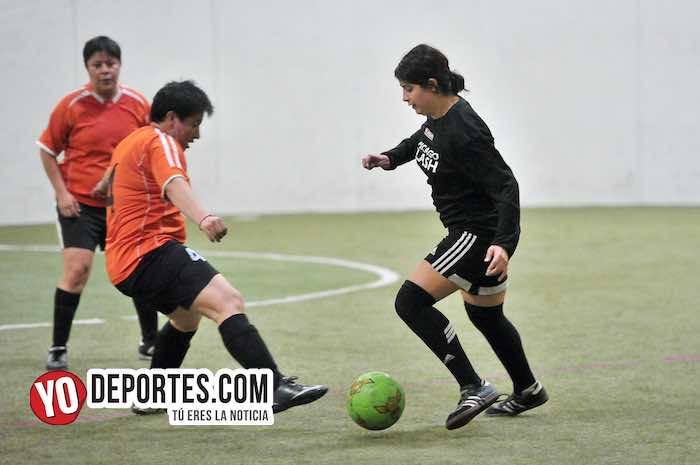 Chicago Flash-Atletico L-AKD Soccer League