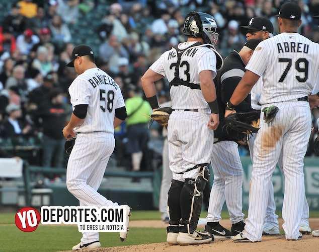 Manny Bañuelos castigado por los campeones Red Sox de Boston