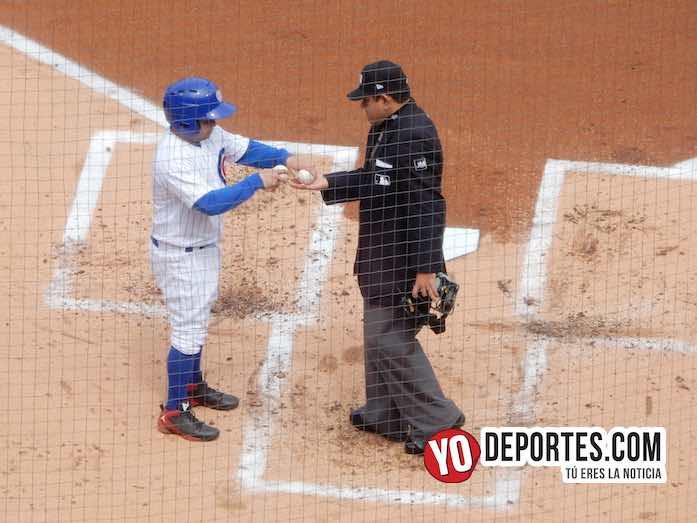 Umpire Alfonso Marquez-Chicago Cubs-Cardenales San Luis