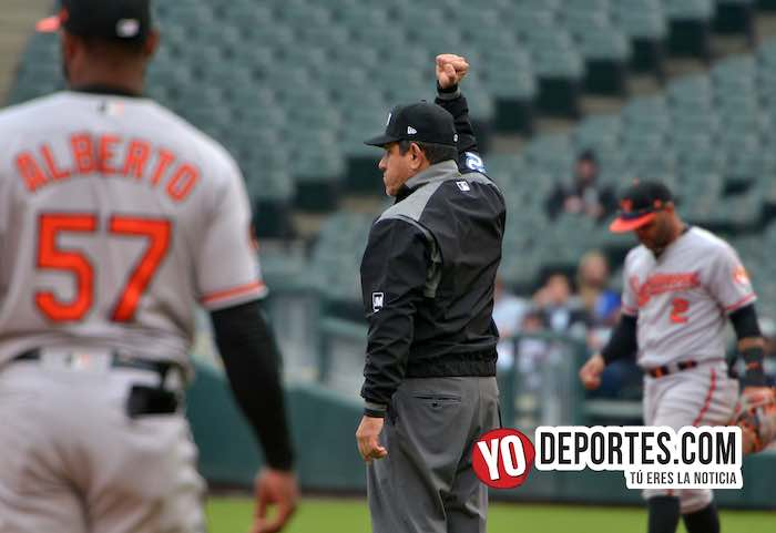 Umpire Alfonso Marquez-White Sox-Orioles Baltimore-Guaranted Rate Field