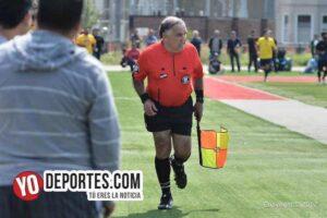 Hugo Fregoso arbitro de futbol en Chicago
