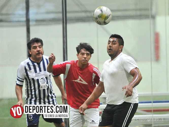 Botafogo sigue mandando los viernes en la Liga 5 de Mayo de Chicago, Illinois.