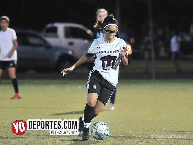 Futbol femenil en Chicago Illinois con la liga AKD Soccer League