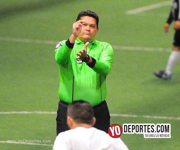 Arbitro Danilo Sanchez en Chitown Futbol