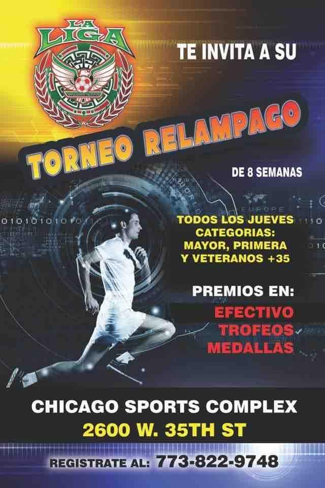 Jueves de futbol en la 35th con el Torneo Relámpago de la Liga Douglas