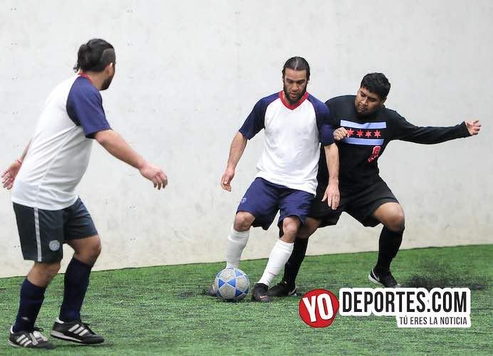 Chocan experiencia vs. Juventud y gana Fierro FC en la Douglas de los jueves